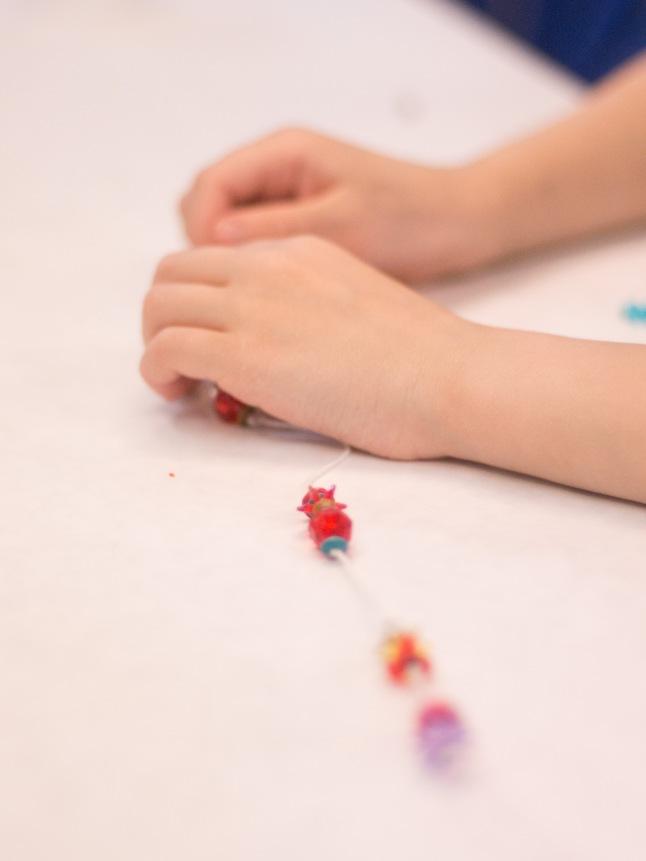 bead hands